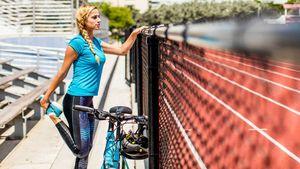 Női fitness és országúti kerékpárok