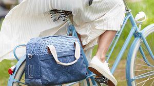 Egyoldalas női táska