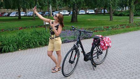 Trekking női kerékpár alacsony vázas